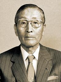 山田源次氏